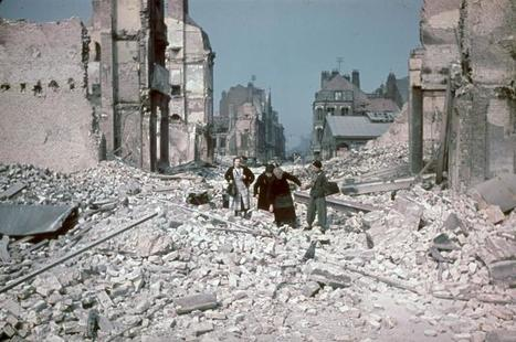 The Aftermath at Dunkirk as Seen by Hitler's Personal Photographer | IELTS, ESP, EAP and CALL | Scoop.it