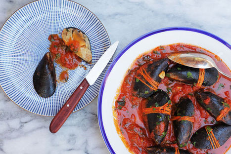 Cozze Ripiene - Stuffed Mussels in Tomato Sauce | Le Marche - land of Food and Wine! | Scoop.it