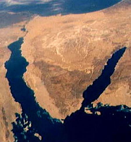 Le nouveau visage de la menace djihadiste dans le Sinaï | Intervalles | Scoop.it