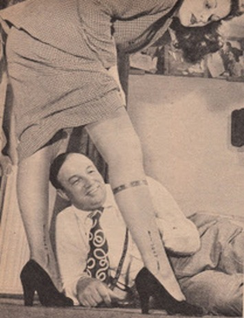 Vintage Sleaze: Stockings for the Stars Willy Demond Stocking Maker and Legman for Hollywood. | Sex History | Scoop.it