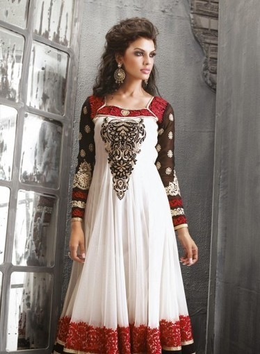White Anarkali In Net with Floral Patch GF7140221, Buy online with confidence | Anarkali Suit | Scoop.it