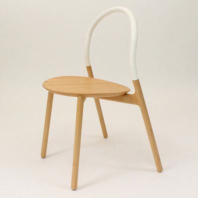 Le dossier de la chaise Sling de Joe Doucet n'est pas en bois, mais en silicone | inoow design lab | Scoop.it