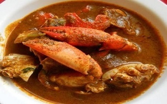 CRAB RECIPES INDIAN STYLE - If you like crabs, than surely try this recipe. It is spicy and hot. I have taken this lip smacking crab curry recipe from my grandmother's cook book. | Recipes Zone | Scoop.it