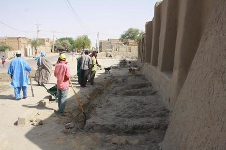Début des travaux de reconstruction des mausolées de Tombouctou (Mali) inscrits sur la Liste du patrimoine mondial | Nouveau patrimoine | Scoop.it