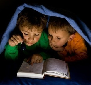 What is Social Reading?   Jeffbullas's Blog   Better know and better use Social Media today (facebook, twitter...)   Scoop.it