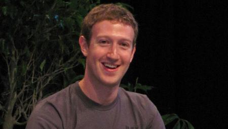 Protestors dislike Mark Zuckerberg's support of Keystone XL pipeline   Messenger for mother Earth   Scoop.it