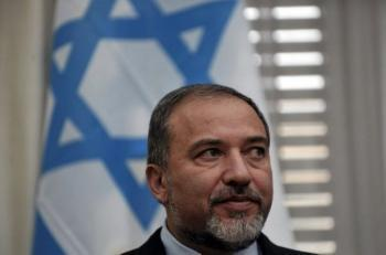 Bruit de chasse d'eau sur un commentaire de Lieberman sur le Hamas | Mais n'importe quoi ! | Scoop.it