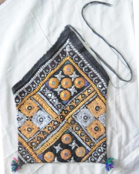 Dowry Bag – Juzdan | Handicrafts | Scoop.it