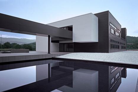 Looks like good Melfi Headquarters by Medir Architetti | Rendons visibles l'architecture et les architectes | Scoop.it