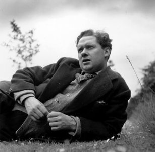 A Dylan Thomas Centennial in New York | Poetry: Searching for Fire in the Trees | Scoop.it