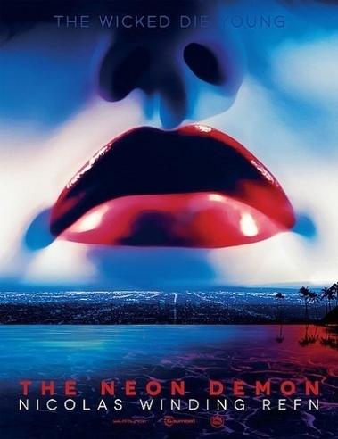 Keanu Reeves et Christina Hendricks vont se faire peur chez le réalisateur de Drive | MoviesSeries | Scoop.it