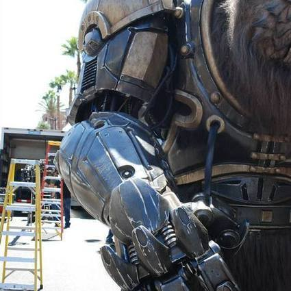 Stratasys Helps 3D Print 2,000 pound, 14 Foot Tall Giant Creature, 'Bodock' For Comic-Con   Invest in 3D Printing   Scoop.it