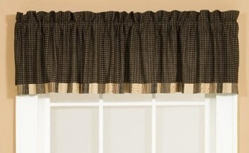 Kettle Grove Block Border Valance by Victorian Heart | Country Home Design Ideas | Scoop.it