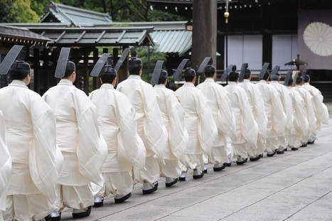 Ministro de Estado do Japão visita controvertido Santuário Yasukuni | Coreia do Norte | Scoop.it