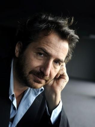 Edouard Baer, acteur sans étiquette : la voix... - La Voix du Nord | Place au theatre | Scoop.it