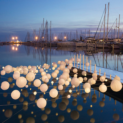 Sensual Wave installation illuminates an empty dock at French harbour | PROYECTO ESPACIOS | Scoop.it