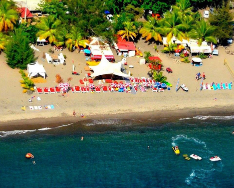 Le «Petibonum» en Martinique, élu meilleur bar de plage de la Caraïbe en 2015 | Infos Tourisme Antilles Guyane Réunion | Scoop.it