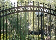 Sacramento, CA Residential Iron Fencing | Ornamental Iron | Wrought iron fencing | Driveway gate | Scoop.it