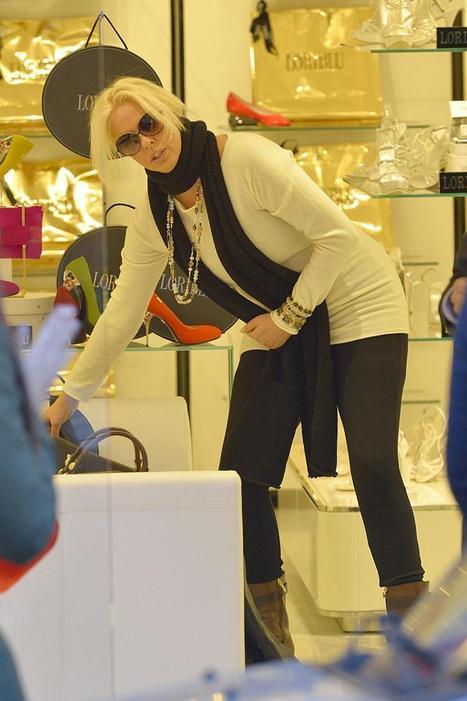 Roma, Ela Weber e Luisa Corna insieme per un giro di shopping | JIMIPARADISE! | Scoop.it