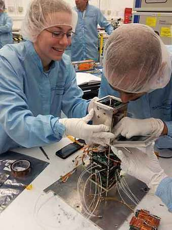 Watch live video of UK STRaND-1 CubeSat launch | Southgate Amateur Radio News | Amateur Radio News Reviews and Events | Scoop.it