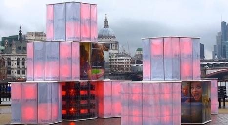 Coca-Cola : une sculpture connectée à Twitter s'illumine grâce aux tweets positifs | E Marketing : Innovation des marques | Scoop.it