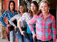 Waitresses Carry Guns At Aptly Named Restaurant In Aptly Named Town | Xposed | Scoop.it