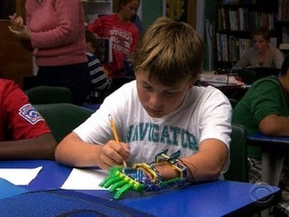 Boy gets prosthetic hand made by 3-D printer - Made by His Dad | ZenStorming - Design Raining Innovation | Scoop.it