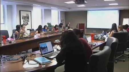 """""""Girls Who Code"""" Aims To Help Close Gender Gap In Computer Science - NY1   Emerging Technologies   Scoop.it"""