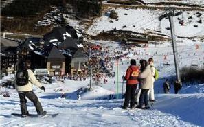 La neige et le soleil redonnent le sourire aux stations de ski - La Dépêche   Louron Peyragudes Pyrénées   Scoop.it