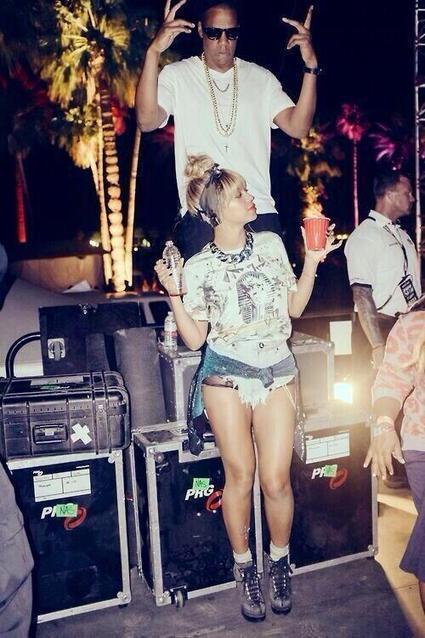 Tweet from @CoachellaFSHN | Beyonce | Scoop.it