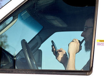 Voice-To-Text Is Just As Dangerous As Regular Texting While Driving | Daily Magazine | Scoop.it