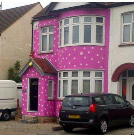 Honeymoon Prank Leaves Newlyweds With Bright Pink House (PHOTO) | In Today's News of the Weird | Scoop.it