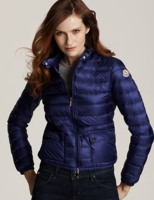 Acquista Moncler Giacca Donna Giacca Blu sulla Vendita | Fashion world! | Scoop.it