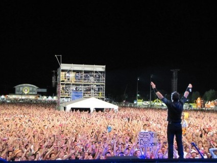 Behind the Scenes - Bruce & the E Street Band photos from Pinkpop | Actualitat Musica | Scoop.it