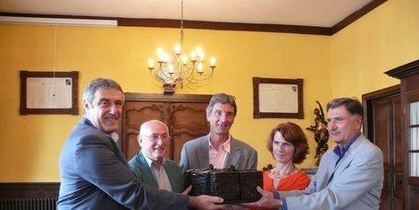 Le « patriarche des archives » de Salies | Généalogie en Pyrénées-Atlantiques | Scoop.it