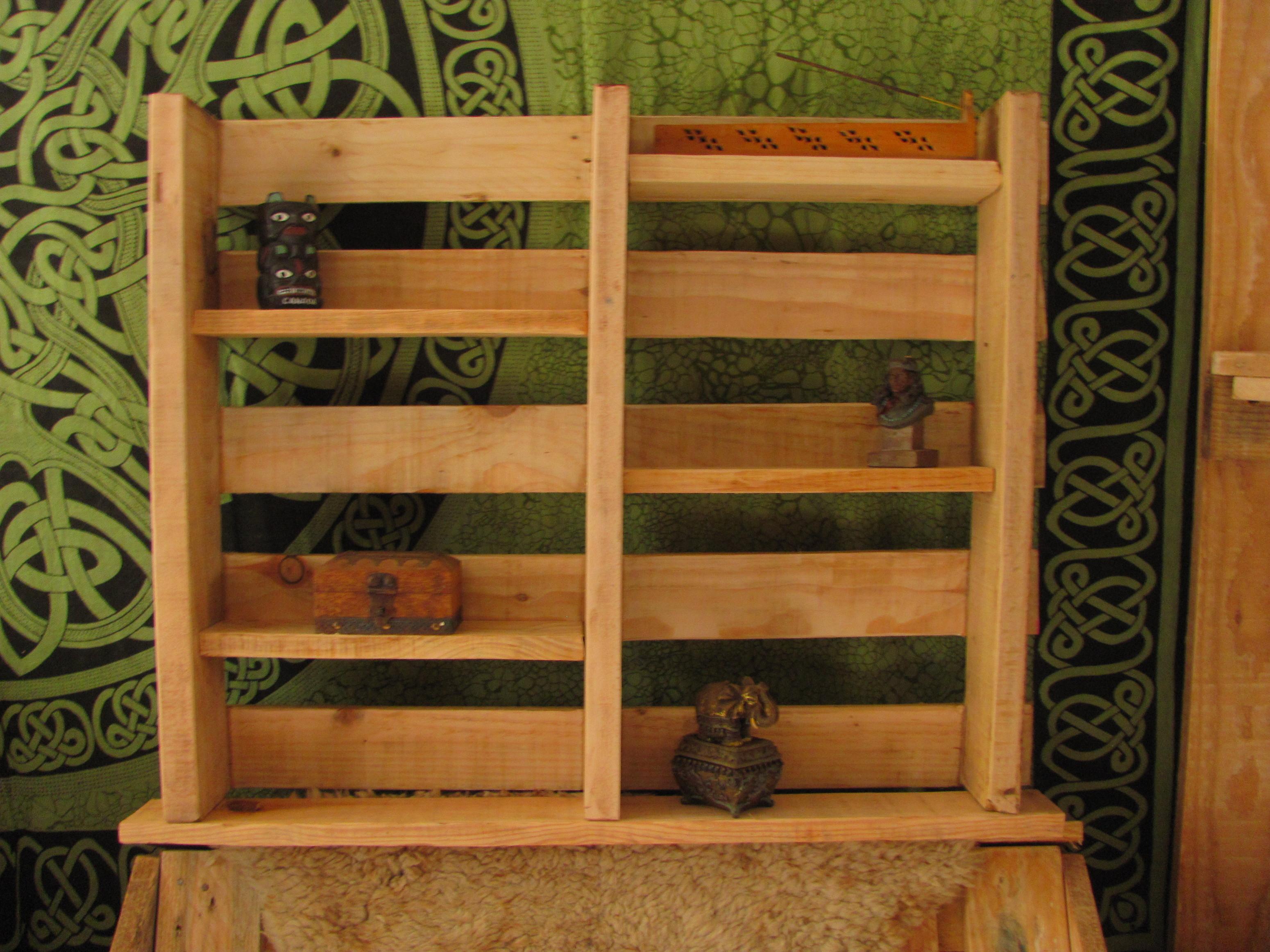 Etagère en bois de palette / pallet shel...