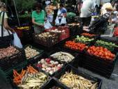 Sen Kirsten Gillibrand calls for farmers markets to link with food deserts   Food issues   Scoop.it