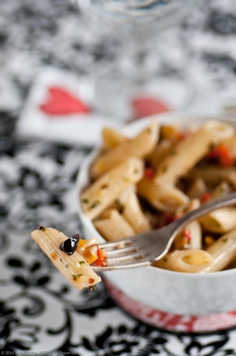 Lucullian delights - an Italian experience: PASTA WITH OLIVE AND GRILLED PEPPER 'PESTO' | photoes | Scoop.it