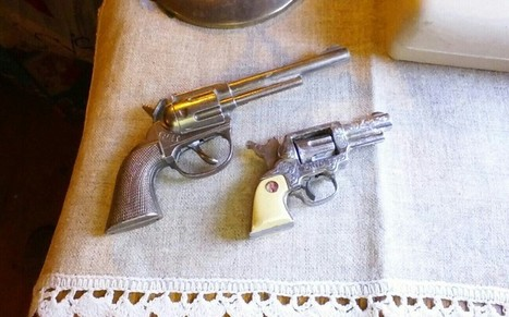Old Hubley toy cap gun! GIN BONUS!!!! 2 guns | Antiques & Vintage Collectibles | Scoop.it