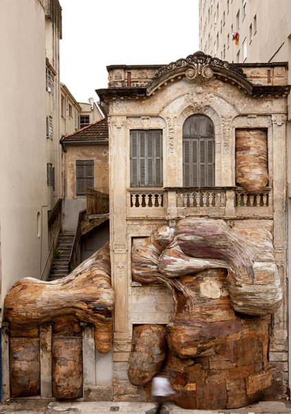 """Henrique Oliveira: """"Sidings - House of Lions""""   Art Installations, Sculpture, Contemporary Art   Scoop.it"""