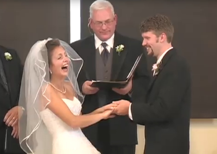 BRIDE LAUGHED HYSTERICALLY DURING EXCHANGE OF VOWS. DON'T MISS THIS! | Viral Scoops | Scoop.it