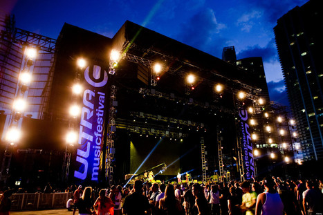 Main Stage Crash Seriously Injures 2 Workers | Concert & Stage Safety | Scoop.it