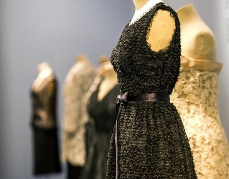 Des robes de Balenciaga exposées à la Cité de la mode de Calais - 24matins.fr   Informations culturelles locales   Scoop.it