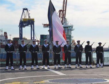 """En escale à Valence, le """"Guépratte"""" honore les soldats morts pour la France - Journaux de bord : Marine nationale   Poilus de Valence   Scoop.it"""