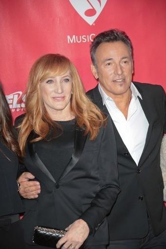 Bruce Springsteen still haunted by embarrassing Paris gig - Starpulse.com   Bruce Springsteen   Scoop.it