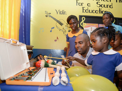 Music helps students strike right chord with literacy, numeracy - Jamaica Gleaner | Music | Scoop.it