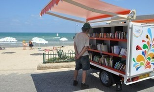 Tel Aviv inaugurates beach library | Librarysoul | Scoop.it