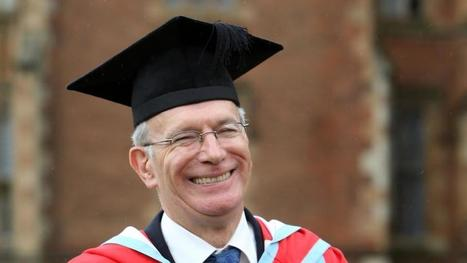 Fintan O'Toole honoured by Queen's University Belfast - Irish Times | The Irish Literary Times | Scoop.it