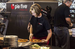 Build-A-Pizza: How the successful Chipotle business model is spreading - STLtoday.com | Strategy and innovation | Scoop.it