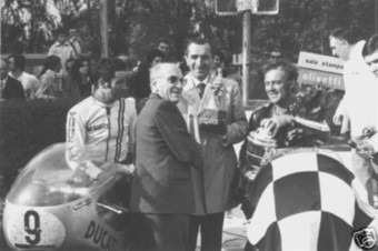 eBay History Lesson - Historic Photo - Ducati 750 Imola & Fabio Taglioni & Smart & Spaggiari | Ductalk Ducati News | Scoop.it